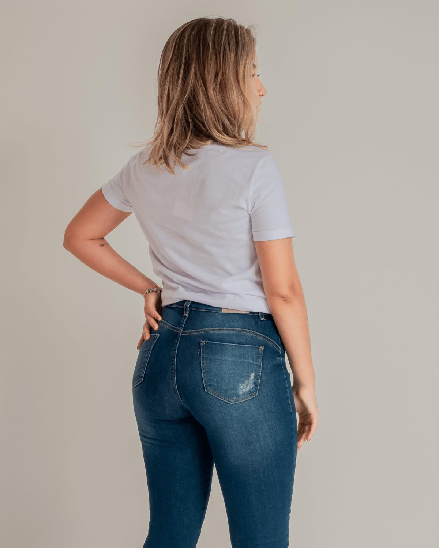 T-shirt-Feminina-Estampada-Lunender